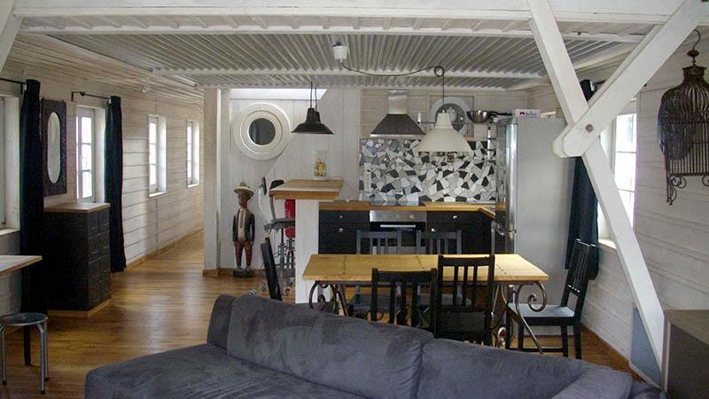 p niches et bateaux vendre eau et patrimoine maison flottante proche paris draveil. Black Bedroom Furniture Sets. Home Design Ideas
